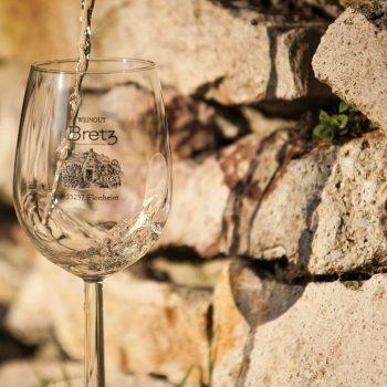 Weingut-Bretz-Weißwein-Glas